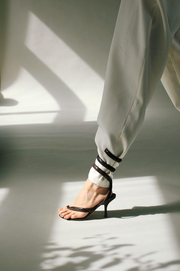 5inchandup-bottega-veneta-wrap-snake-effect-sandals