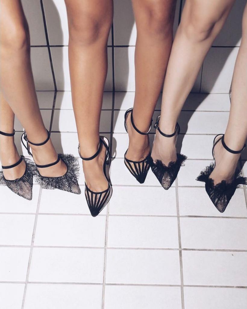 5inchandup-follow-friday-andrea-wazen-black-shoes