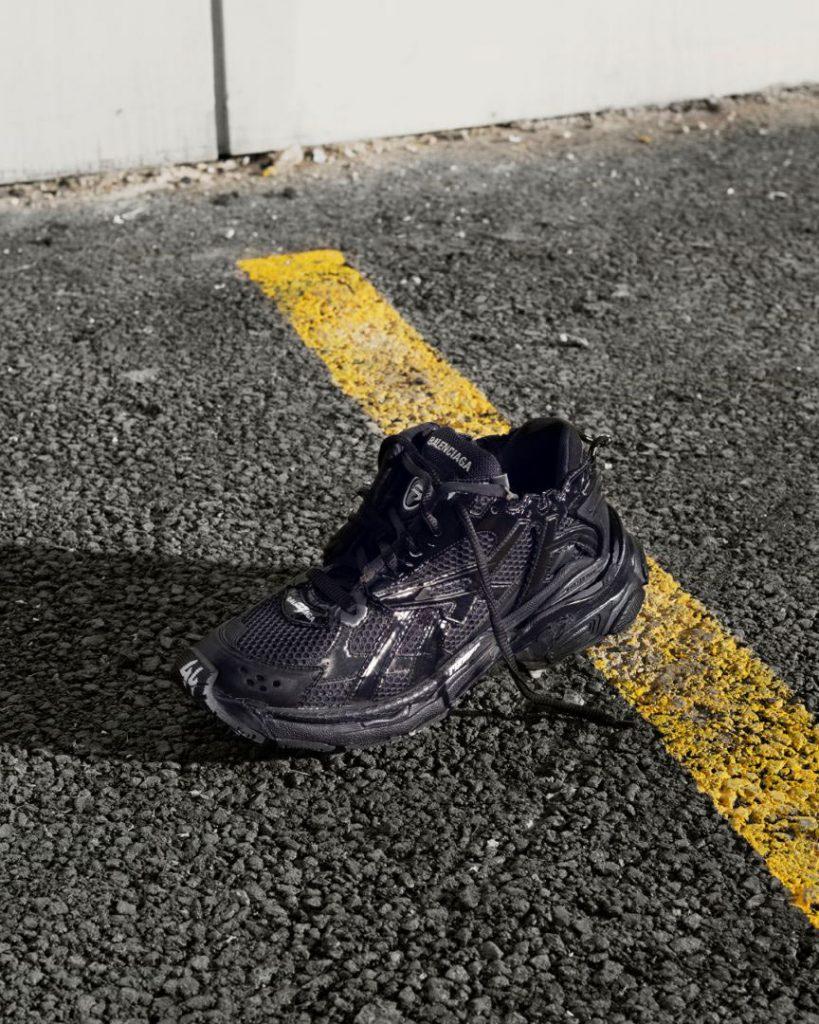 balenciaga black runner sneakers