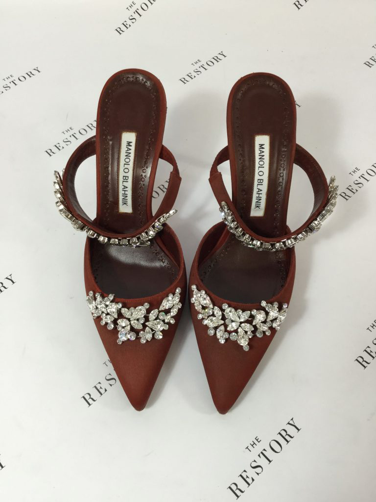red manolo heels